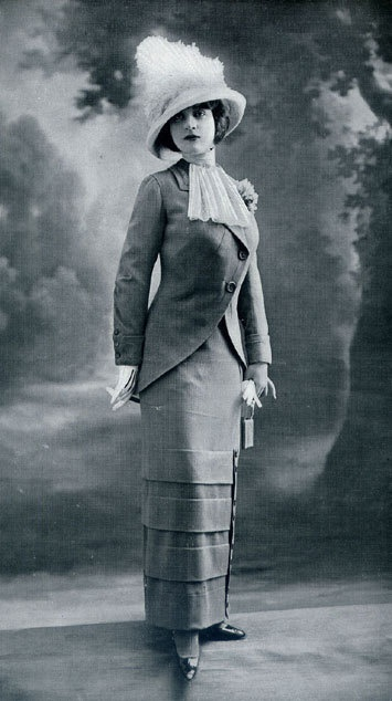 Fashionable dress c. 1912. courtesy Pinterest